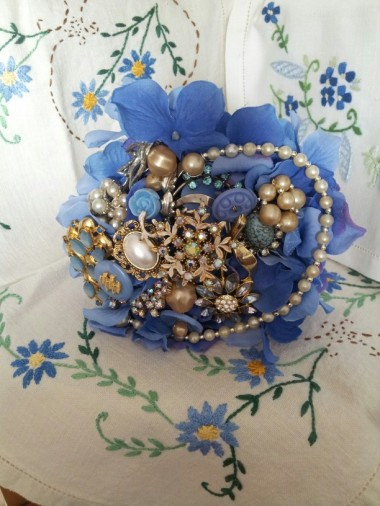 Blue brooch bouquet